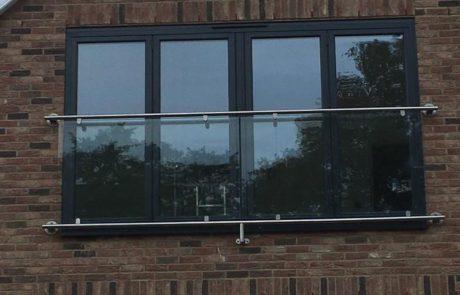 glass juluiet ballcony