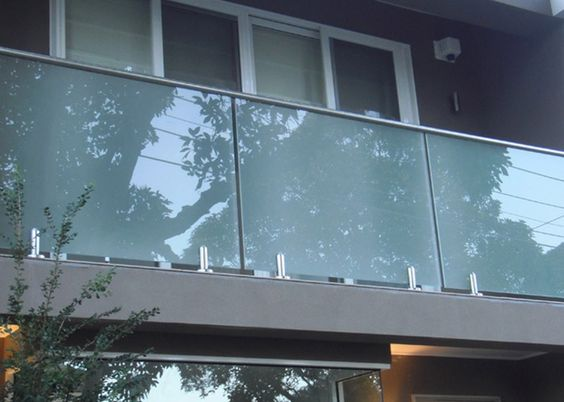 spigot Glass balustrades
